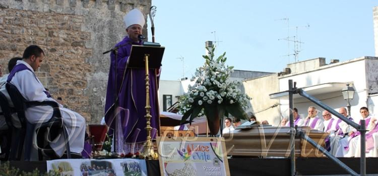 """""""Un mare calmo, ma non immobile…"""": l'omelia di Mons. Vito Angiuli in memoria di Don Gino il 9 Luglio 2015"""